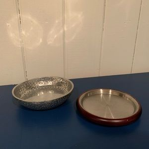 Vintage jewelry dishes x2